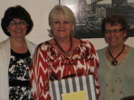 Sisterhood Dinner Honoree with co-presidents